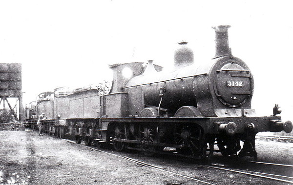 MR - 3142 - Johnson Class 1698 2F 0-6-0 - built 1885 by Derby Works as MR No.1710 - 1907 to MR No.3142 - 1923 to LMS - 1933 withdrawn - seen here at Millhouses in August 1929.