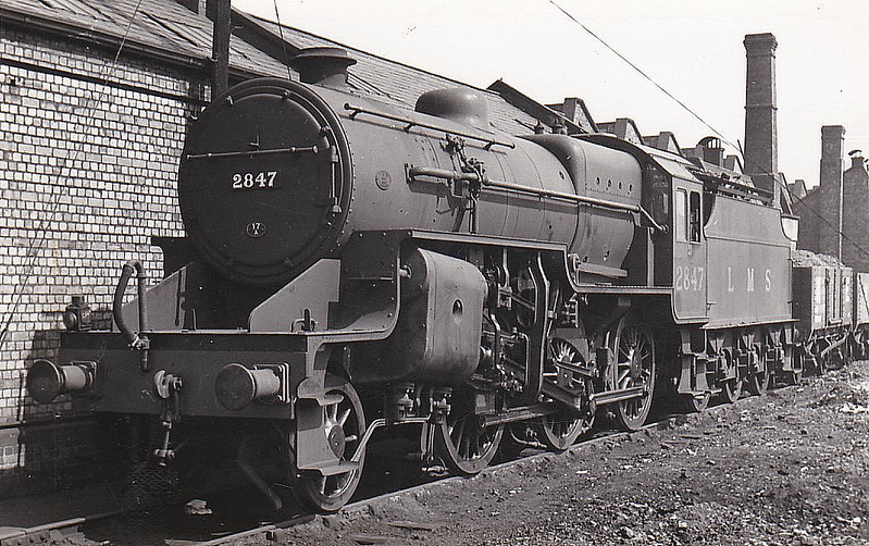LMS - 2847 - Hughes LYR/LMS Class 5MT Crab 2-6-0 - built 11/30 by Horwich Works as LMS No.13147 - 06/35 to LMS No.2847, 05/48 to BR No.42847 - 06/62 withdrawn from 9G Gorton - seen here at Heaton Mersey, 04/37.