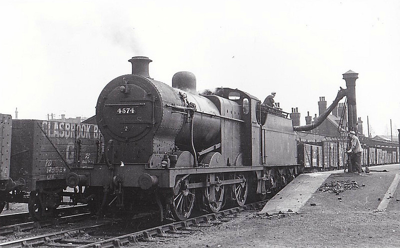 LMS - 4574 - Fowler LMS Class 4F 0-6-0 - built 09/37 by Crewe Works - 07/49 to BR No.44574 - 10/63 withdrawn from 16E Kirkby in Ashfield - seen here at Kettering, 04/45.