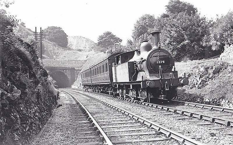 MR - 1274 - Johnson MR 1532 Class 0-4-4T - built 04/1881 by Derby Works as MR No.1540 - 1907 to MR No.1274 - 12/37 withdrawn - seen here at Chee Tor, 08/37.