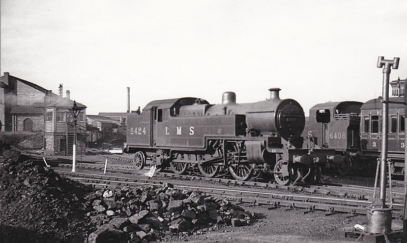LMS - 2424 - Fowler LMS Class 4P 2-6-4T - built 01/34 by Derby Works - 11/49 to 42424 - 09/64 withdrawn from 9B Stockport Edgeley.