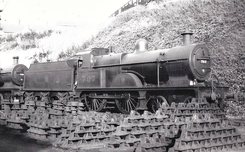 MR - 707 - Johnson MR Class 3P 4-4-0 - built 02/01 by Derby Works as MR No.802 - 1907 to MR No.707 - 11/47 withdrawn from Leicester.