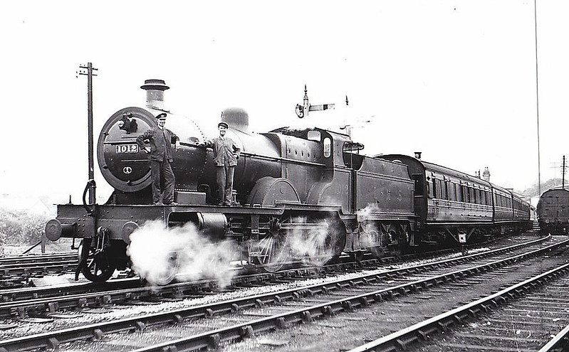 MR - 1012 - Johnson MR Class 4P Compound 4-4-0 - built 12/19 by Derby Works - 03/49 to BR No.41012 - 01/51 withdrawn from 22A Bristol Barrow Road - seen here at Buxton Midland, 07/38.