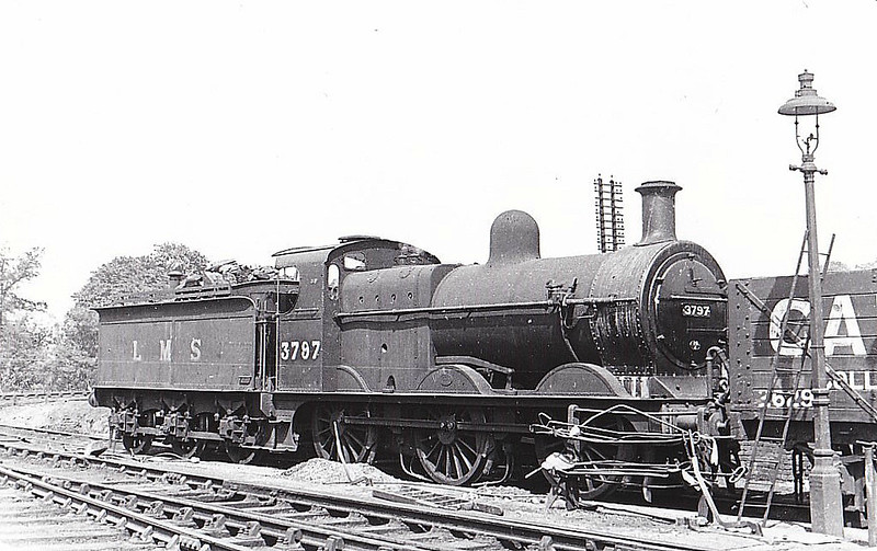 MR - 3797 - Johnson MR 3F 0-6-0 - built 06/04 by Derby Works as MR No.277 - 1907 to MR No.3797, 11/49 to BR No.43797 - 06/53 withdrawn from 15A Wellingborough - seen here at Kettering, 08/45.
