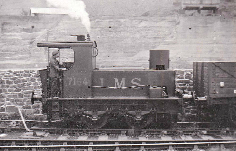 LMS - 7164 - Sentinel 0-4-0T - built 01/32 by Sentinel Waggon Works as LMS No.7164 - 1939 to LMS No.7184, 11/49 to BR No.47184 - 12/55 withdrawn from 5B Crewe South - only loco of this type built.