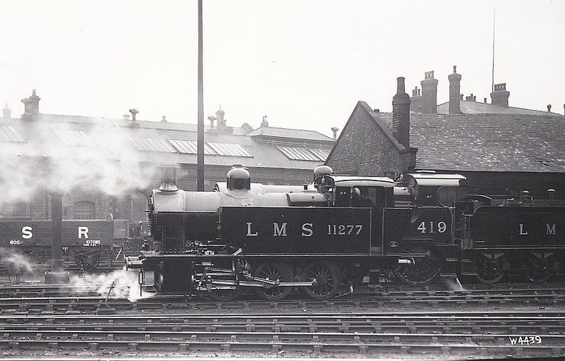 LMS - 11277 - Fowler LMS Class 2F 0-6-0T - built 01/29 by Derby Works - 1932 to LMS No.7167, 03/48 to BR No.47167 - 07/60 withdrawn from 66D Greenock Ladyburn.