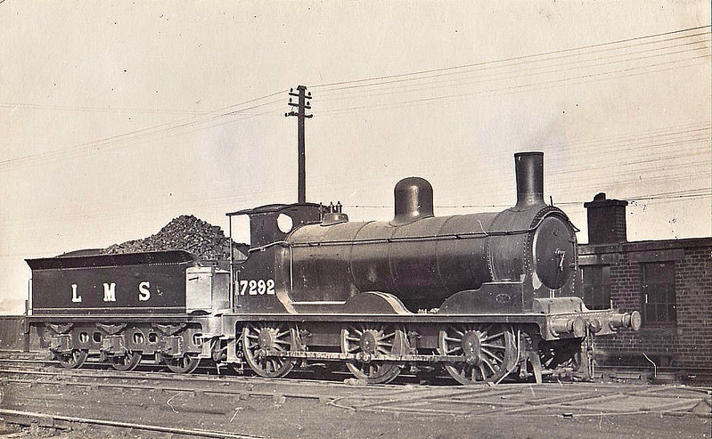 CR - Drummond CR Class 294 2F 0-6-0 - built 09/1886 by St Rollox Works as CR No.318 - to Duplicate List as CR No.1318 - 01/23 to LMS No.17292, 10/48 to BR No.57292 - 11/61 withdrawn from 66A Polmadie, where seen 10/45.