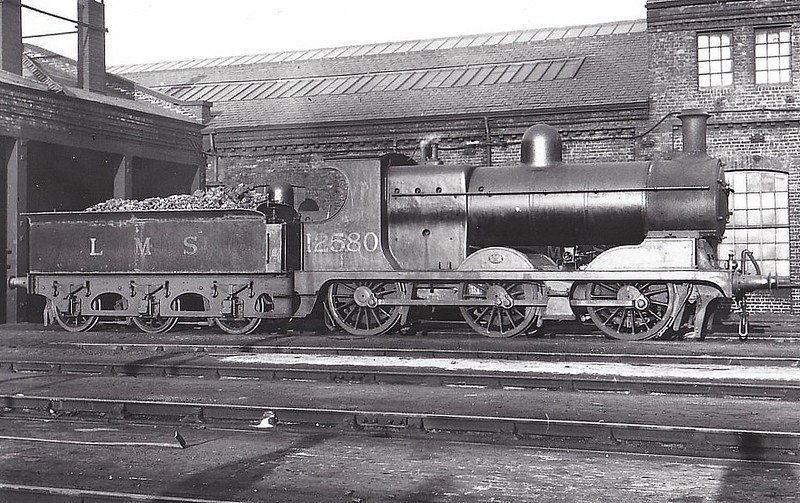 LYR - 12580 - Aspinall LYR Class 28 3F 0-6-0 - built 10/1889 by Horwich Works as LYR No.367 - from 1909 rebuilt by Hughes from LYR Class 27 - 1923 to LMS No.12580, 11/49 to BR No.52580 - 02/54 withdrawn from 24B Rose Grove - seen here at Bury, 06/39.