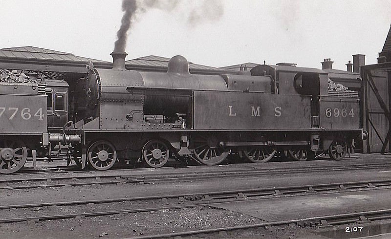 LNWR - 6964 - Bowen-Cooke Class 'Prince of Wales Tank' 4-6-2T - built 08/12 by Crewe Works as LNWR No.915 - 03/28 to LMS No.6964 - 07/37 withdrawn.