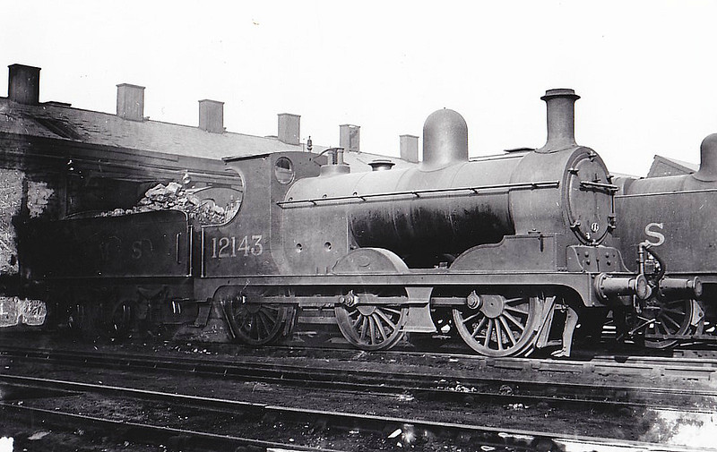 LYR - 12143 - Aspinall LYR Class 27 3F 0-6-0 - built 12/1891 by Horwich Works as LYR No.1126 - 1923 to LMS No.12143, 01/49 to BR No.52143 - 10/57 withdrawn from 10A Wigan Springs Branch - seen here at Crewe South, 10/37.
