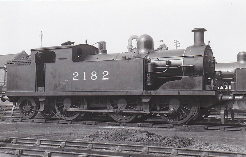 LTSR - 2182 - Whitelegg LTSR Class 69 0-6-2T - built 06/03 by North British Loco Works as LTSR No.71 WAKERING - 1912 to MR No.2182, 1923 to LMS No.2222, 1939 to LMS No.2182, 1947 to LMS No.1982, 02/49 to BR No.41982 - 02/59 withdrawn from 33A Plaistow.