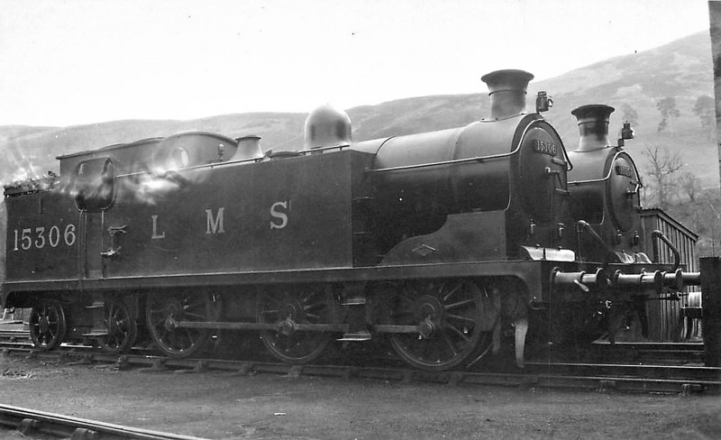 HR - 15306 - Drummond HR Class X 0-6-4T - built 1911 by North British Loco Co. as HR No.42 - 1923 to LMS No.15306 - 11/35 withdrawn.