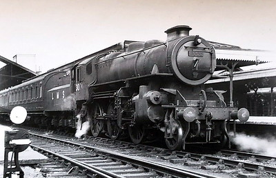 LMS - 3000 - Ivatt LMS Class 4MT 2-6-0 - built 12/47 by Horwich Works - 06/50 to BR No.43000 - 12/67 withdrawn from 52F North Blyth - seen here at Bletchley as built with double chimney.