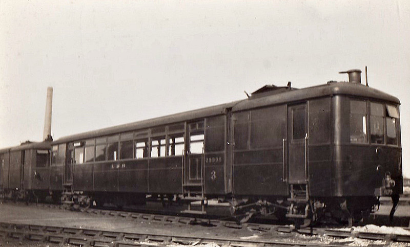 LMS - 29905 - Sentinel LMS Geared Steam Railcar - 13 railcars built by Sentinel in 1926 - used on services in Scotland - last one, 29913, scrapped in 1940.