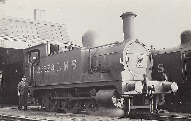 NLR - 27528 - Park NLR Class 75 1F 0-6-0T - built 07/1882 by Bow Works as NLR No.93 - 1909 to LNWR No.2893, 1923 to LMS No.7528, 1932 to LMS No.27528, 03/49 to BR No.58861 - 04/53 withdrawn from 8C Birkenhead.