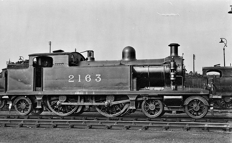 LTSR - 2163 - Whitelegg LTSR Class 51 2P 4-4-2T - built 10/00 by Sharp Stewart & Co. as LTSR No.56 HARRINGAY - 1912 to MR No.2153, 1930 to LMS No.2097 - BR No.41915 not applied - 03/51 withdrawn from 33A Plaistow.