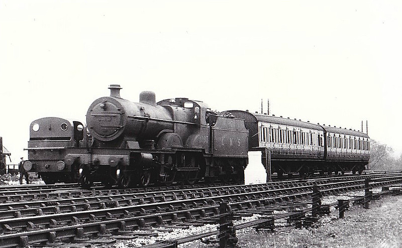 LMS - 1093 - Fowler MR/LMS 'compound' Class 4-4-0 - built 07/25 by Derby Works - 12/49 to BR No.41093 - 06/58 withdrawn from 22B Gloucester Barnwood.