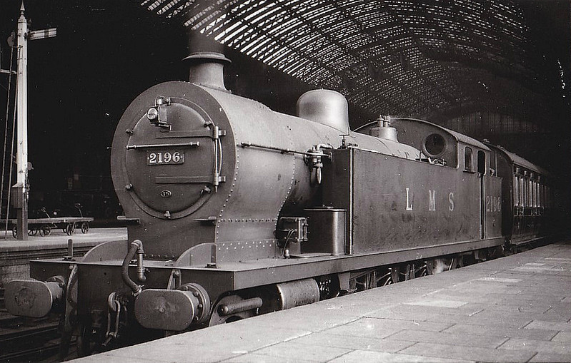 LTSR - 2196 - Whitelegg LTSR Class 2100 3P 4-6-4T - built 05/13 by Beyer Peacock Ltd as MR No.2104 - 1929 to LMS No.2196 - withdrawn 12/32 - seen here at St Pancras in 1930.