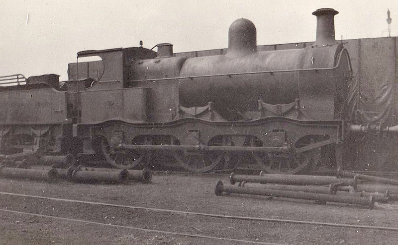 Class J 8 - 5552 - Parker GCR Class 6AI 0-6-0 - built 1887 by Gorton Works as GCR No.552 - 1923 to LNER No.5552 - 05/28 withdrawn from Staveley MPD.