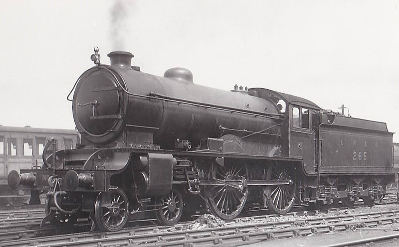 Class D49 - 265 LANARKSHIRE - Gresley LNER Hunt Class 4-4-0 - built 12/27 by Darlington Works - 12/46 to LNER No.2705, 05/48 to BR No.62705 - 11/59 withdrawn from 64B Haymarket.