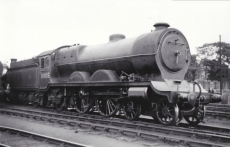 Class C11 - 9905 BUCCLEUCH - Reid NBR Class H LNER Class C10 4-4-2 - built 08/11 by Robert Stephenson & Co. as NBR No.905 - 05/24 rebuilt from Class C10 and to LNER No.9905 - 09/37 withdrawn from Carlisle Canal - seen here at Perth, 08/32.