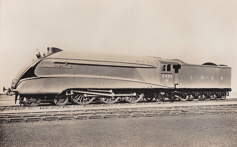 Class A4 - 4489 DOMINION OF CANADA - Gresley LNER 4-6-2 - built 05/37 by Doncaster Works - 05/46 to LNER No.10, 10/48 to BR No.60010 - 05/65 withdrawn from 61B Aberdeen Ferryhill - original name WOODCOCK removed in 1937.