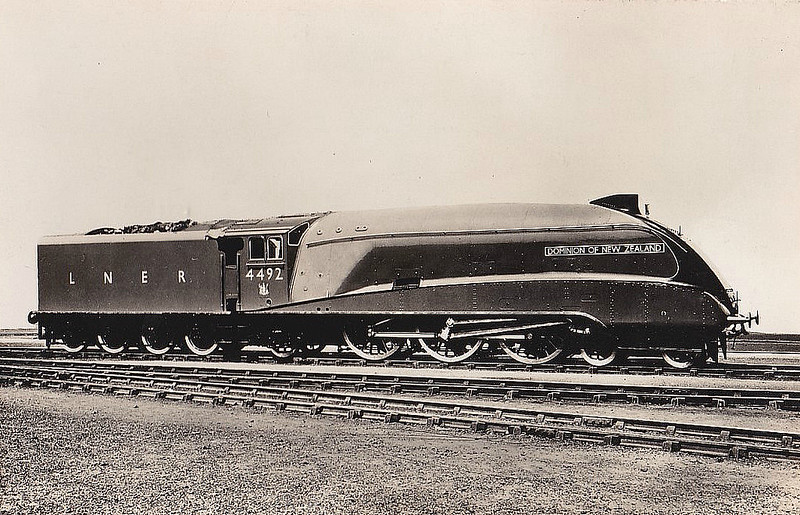 Class A4 - 4492 DOMINION OF NEW ZEALAND -  Gresley LNER 4-6-2 - built 06/37 by Doncaster Works - 08/46 to LNER No.13, 05/49 to BR No.60013 - 04/63 withdrawn from 34A Kings Cross.