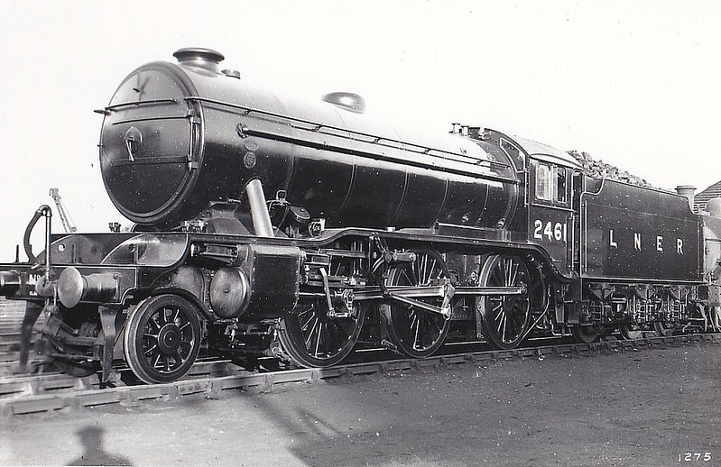 Class K3 - 2461 - Gresley GNR/LNER 2-6-0 - built 10/35 by North British Loco Co. - 09/46 to LNER No.1954, 09/49 to BR No.61954 - 09/62 withdrawn from 31B March.