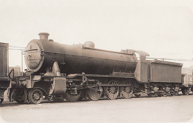 Class O2 - 3499 - Gresley GNR/LNER 2-8-0 - built 04/24 by Doncaster Works - 06/46 to LNER No.3944, 04/48 to BR No.63944 - 04/61 withdrawn from 36E Retford - seen here at Doncaster Works, 09/37.