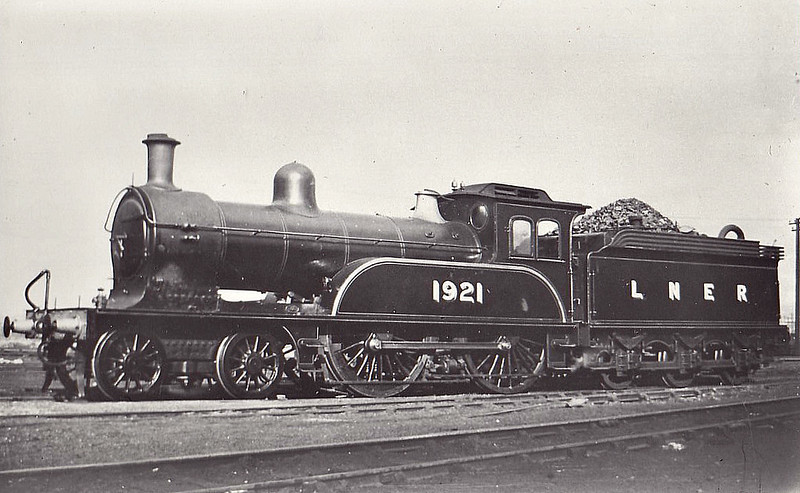 Class D17 - 1921 -  Worsdell NER Class Q 4-4-0 - built 06/1897 by Gateshead Works - 04/43 withdrawn from St Margarets MPD.