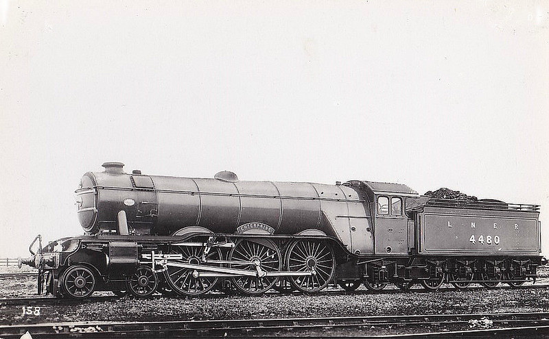 Class A3 - 4480 ENTERPRISE - Gresley LNER 4-6-2 - built 08/23 by Doncaster Works as GNR No.1480 - 04/25 to LNER No.4480, 05/46 to LNER No.111, 10/49 to BR No.60111 - 12/62 withdrawn from 35B Grantham.