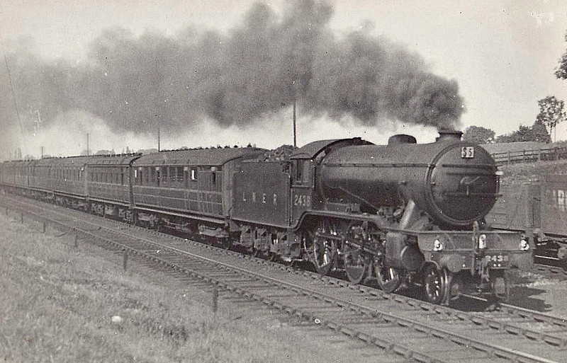 Class K3 - 2438 - Gresley GNR/LNER 2-6-0 - built 08/35 by North British Loco Co. - 09/46 to LNER No.1943, 01/50 to BR No.61943 - 09/62 withdrawn from 40E Colwick - seen here on Leeds express near Chaloner's Whin Junction.