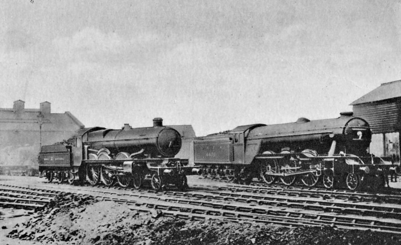 Class A3 - 4475 FLYING FOX - Gresley 4-6-2 - built 04/23 by Doncaster Works as GNR No.1475 - 02/25 to LNER No.4475. 05/46 to LNER No.106, 12/48 to BR No.60106 - 12/64 withdrawn from 34E New England - seen here at Kings Cross during the 1925 locomotive exchanges - is that a new class of shunter on the left?
