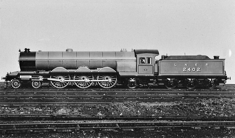 Class A2 - 2402 CITY OF YORK - Raven NER/LNER 4-6-2 - built 03/24 by Darlington Works - 07/36 withdrawn from York North MPD.