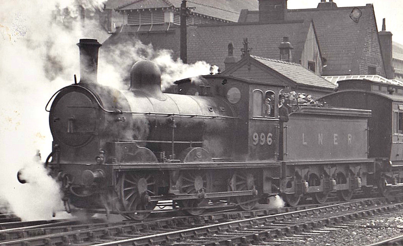 Class J21 - 996 - Worsdell NER Class C 0-6-0 Compound - built 12/1889 by Gateshead Works - 04/10 rebuilt  as Simple - LNER No.5054 not applied - 01/44 withdrawn from Heaton MPD.