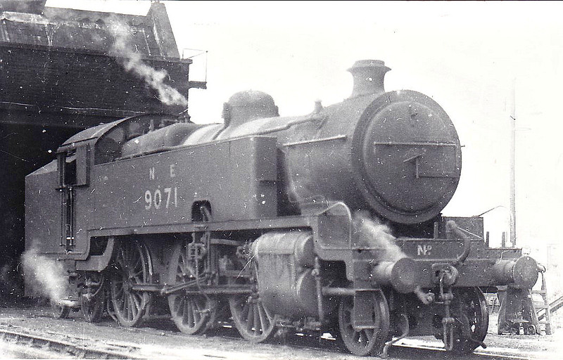 Class L2 - 9071 - Hally Metropolitan Railway Class K 2-6-4T - built 03/25 by Armstrong Whitworth & Co. as Met No.113 - 04/39 to LNER No.6160, 01/47 to LNER No.9071 - BR No.69071 not applied - 10/48 withdrawn from Neasden MPD.
