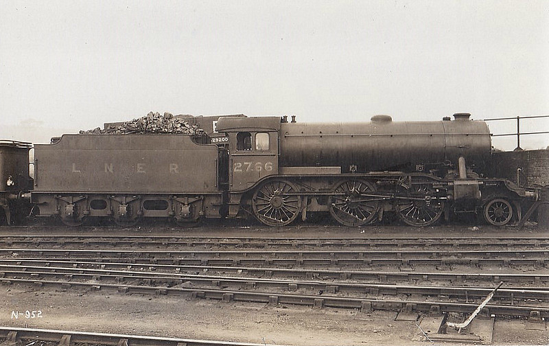 Class K3 - 2766 - Gresley GNR/LNER 2-6-0 - built 07/30 by Darlington Works - 09/46 to LNER No.1895, 01/49 to BR No.61895 - 07/62 withdrawn from 36A Doncaster.