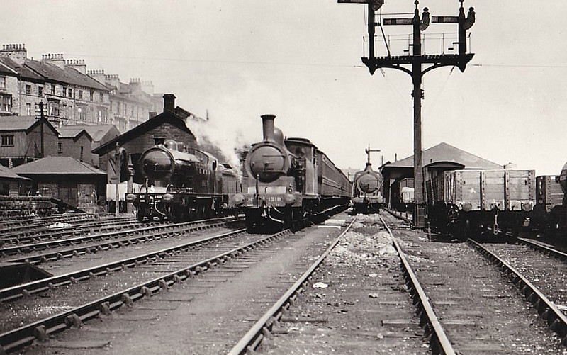 Class G5 - 1318 - Worsdell NER Class O 0-4-4T - built 06/01 by Darlington Works - 03/46 to LNER No.7335, 06/50 to BR No.67335 - 08/53 withdrawn from 50G Whitby, where seen 06/36,