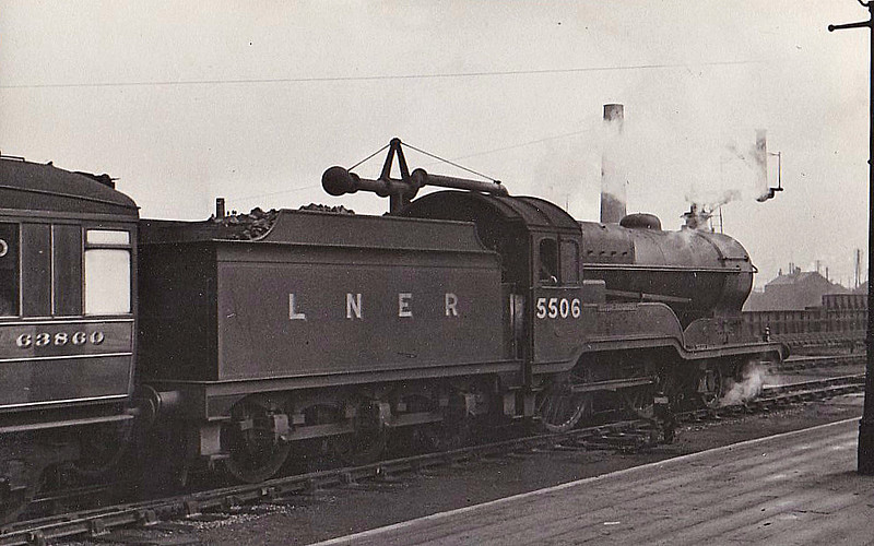 Class D11 - 5506 BUTLER-HENDERSON -  Robinson GCR Class 11F LNER Class D11 Improved Director 4-4-0 - built 12/19 by Gorton Works as GCR No.506 - 06/24 to LNER No.5506, 10/46 to LNER No.2660, 10/49 to BR No.62660 - 11/60 withdrawn from 41A Sheffield Darnall - preserved at GCR.