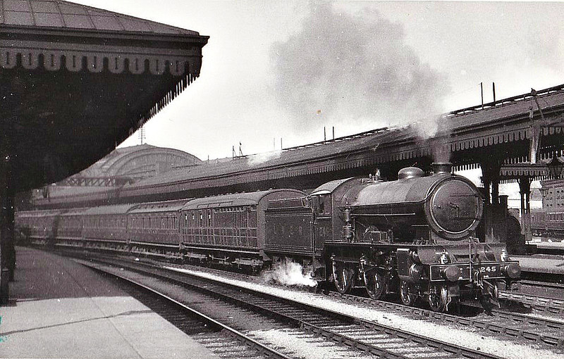 Class D49 -  245 LINCOLNSHIRE - Gresley LNER 4-4-0 - built 02/28 by Darlington Works - 12/46 to LNER No.2710, 10/48 to BR No.62710 - 10/60 withdrawn from 53A Hull Dairycoates - seen here at York.