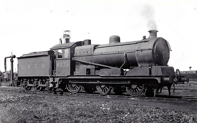 Class J20 - 8279 - Hill GER Class D81 0-6-0 - built 09/22 by Stratford Works as GER No.1279 - 06/24 to LNER No.8279, 12/46 to LNER No.4684, 10/49 to BR No.64684 - 09/60 withdrawn from 31A Cambridge - seen here at March.