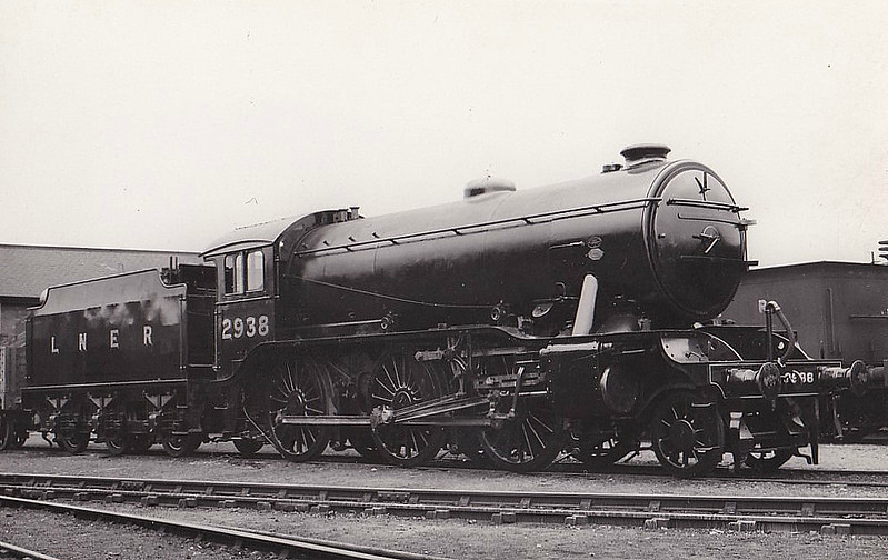 Class K3 - 2938 - Gresley GNR 2-6-0 - built 01/35 by Robert Stpehenson & Hawthorn Ltd. - 07/46 to LNER No.1936, 08/48 to BR No.61936 - 11/61 withdrawn from 12B Carlisle Canal - seen here at Doncaster.