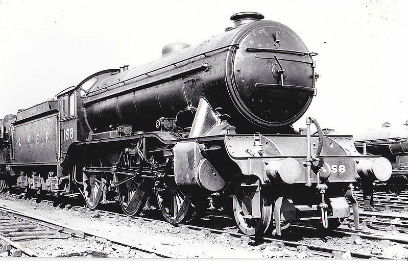 Class K3 -  158 - Gresley GNR 2-6-0 - built 02/25 by Darlington Works - 12/46 to LNER No.1847, 12/48 to BR No.61847 - 12/62 withdrawn from 53A Hull Dairycoates - seen here at New England, 09/37.