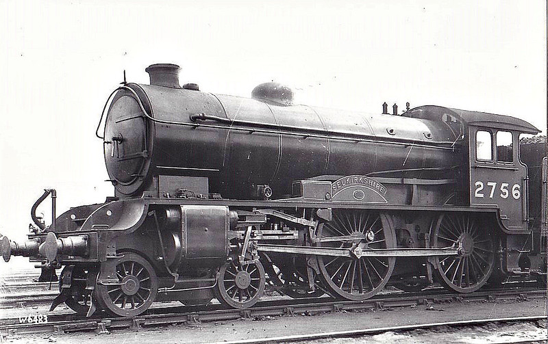 Class D49 - 2756 SELKIRKSHIRE - Gresley LNER Hunt Class 4-4-0 - built 03/29 by Darlington Works - 06/46 to LNER No.2756, 10/48 to BR No.62756 - 04/59 withdrawn from 50C Selby.