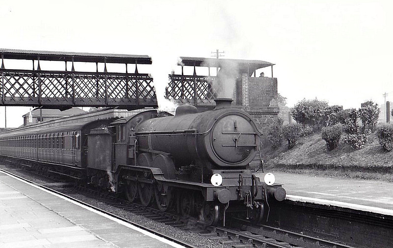Class B12 - 1566 - Holden/Gresley GER/LNER 4-6-0 - built 05/20 by Stratford Works as GER No.1566 - 01/24 to LNER No.8566, 10/46 to LNER No.1566, 04/48 to BR No.61566 - 01/59 withdrawn from 32A Norwich Thorpe - seen here at Marks Tey, 05/48.