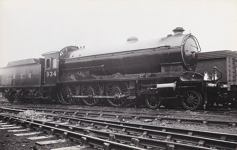 Class B16 - 934 - Raven NER/LNER Class S3 4-6-0 - built 06/04 by Gateshead Works - 12/46 to LNER No.1429, 05/51 to BR No.61429 - 09/61 withdrawn from 50B Leeds Neville Hill.