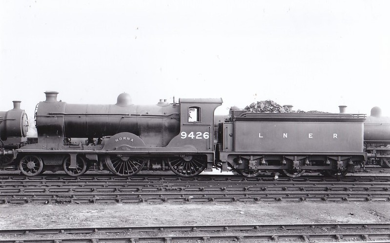 Class D30 - 9426 NORNA - Reid NBR Scott Class 4-4-0 - built 07/15 by Cowlairs Works as NBR No.426 - 1924 to LNER No.9426, 1946 to LNER No.2435, 04/50 to BR No.62435 - 12/57 withdrawn from 64G Hawick.