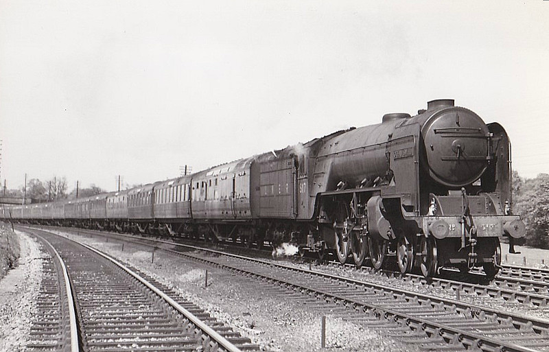 Class A2 - 517 OCEAN SWELL - Thompson LNER/BR 4-6-2 - built 11/46 by Doncaster Works - 08/48 to BR No.60517 - 11/62 withdrawn from 52D Tweedmouth - seen here at Hatfield in 1947.