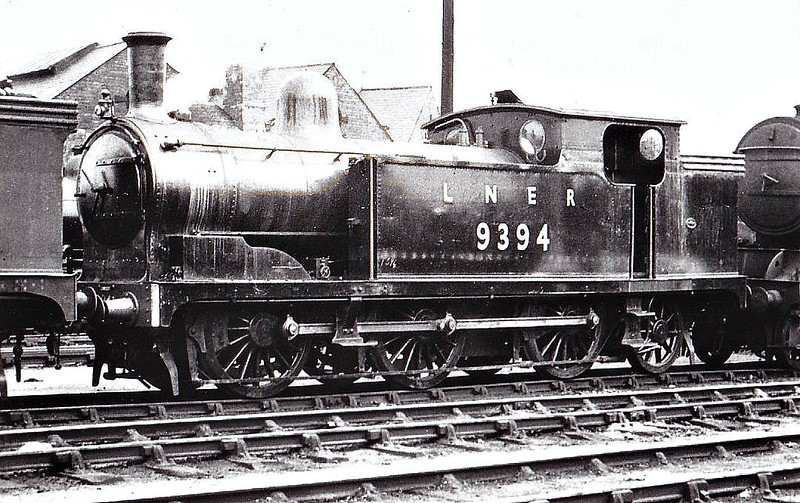 Class N 8 - 9394 - Worsdell NER Class B 0-6-2T - built 05/1889 by Darlington Works as NER No.76 - 06/46 to LNER No.9394, 03/50 to BR No.69394 - 10/55 withdrawn from 54B Tyne Dock - seen here at Darlington, 07/47.