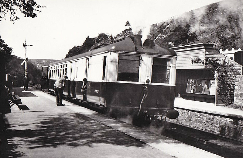 Diagram 159 - 248 TANTIVY - Sentinel Steam Railcar - built 12/32 by Sentinel Waggon Works - 09/39 withdrawn - seen here at Goathland in 1936.